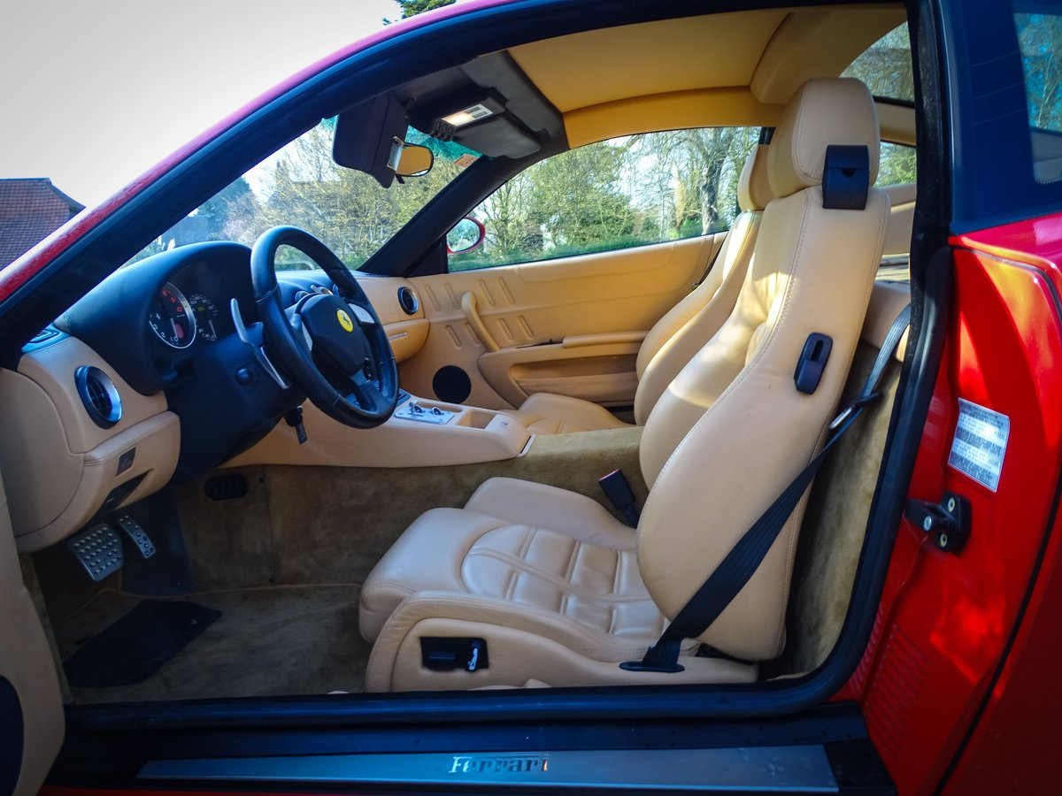 2002 Ferrari  575  M COUPE WITH HANDLING PACK LHD SPANISH REGISTE For Sale (picture 11 of 20)