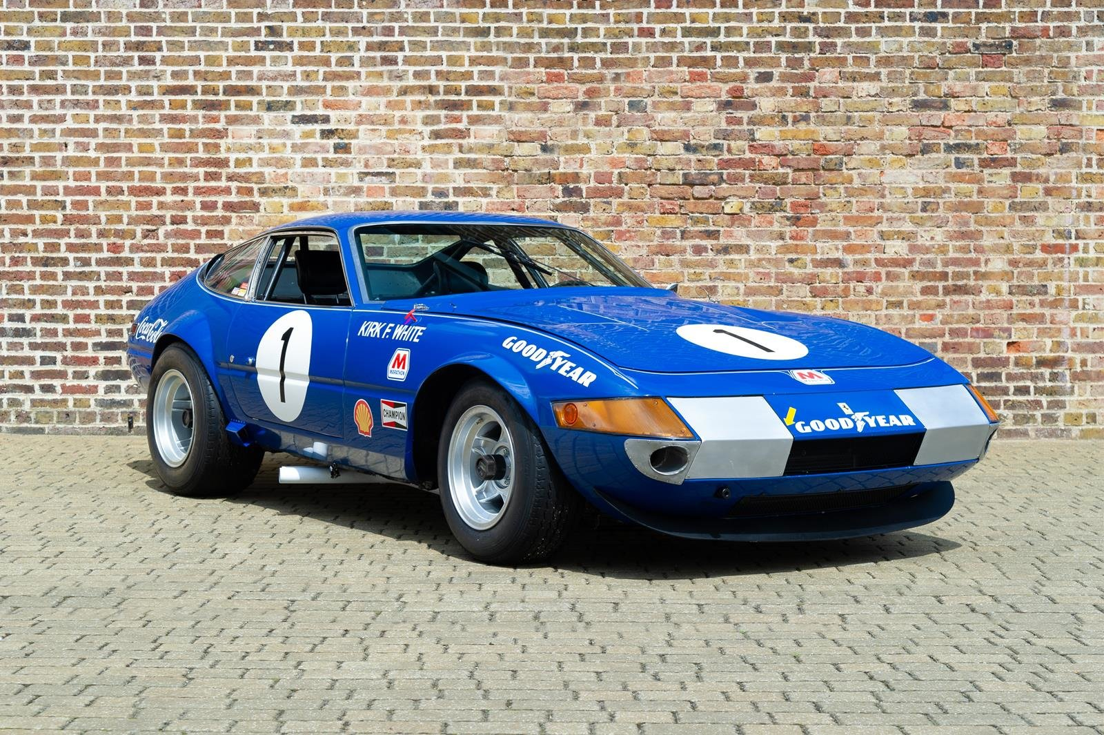 1972 Ferrari 365 GTB/4 Daytona Competizione For Sale | Car And Classic