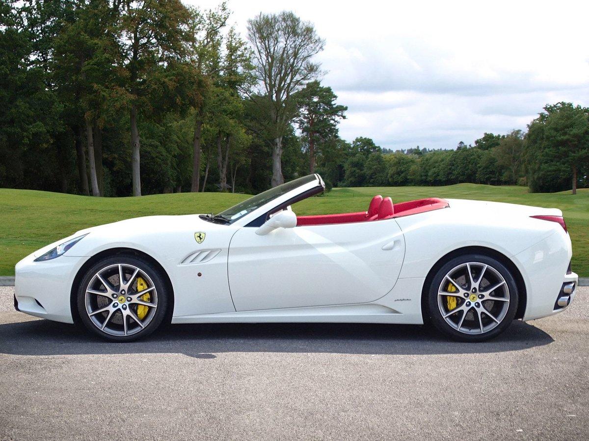 2009 Ferrari  CALIFORNIA  4.3 2 PLUS 2 CABRIOLET AUTO  74,948 For Sale (picture 2 of 24)
