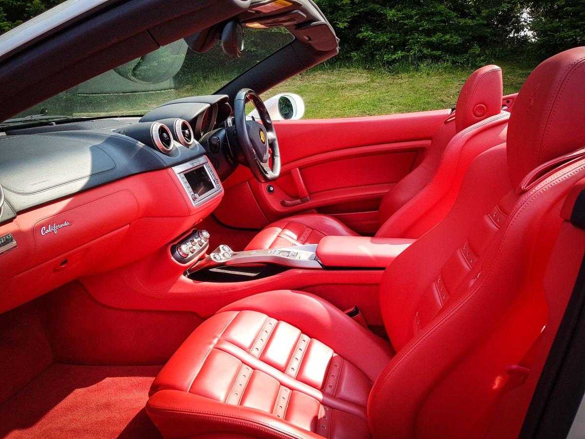 2009 Ferrari  CALIFORNIA  4.3 2 PLUS 2 CABRIOLET AUTO  74,948 For Sale (picture 4 of 24)