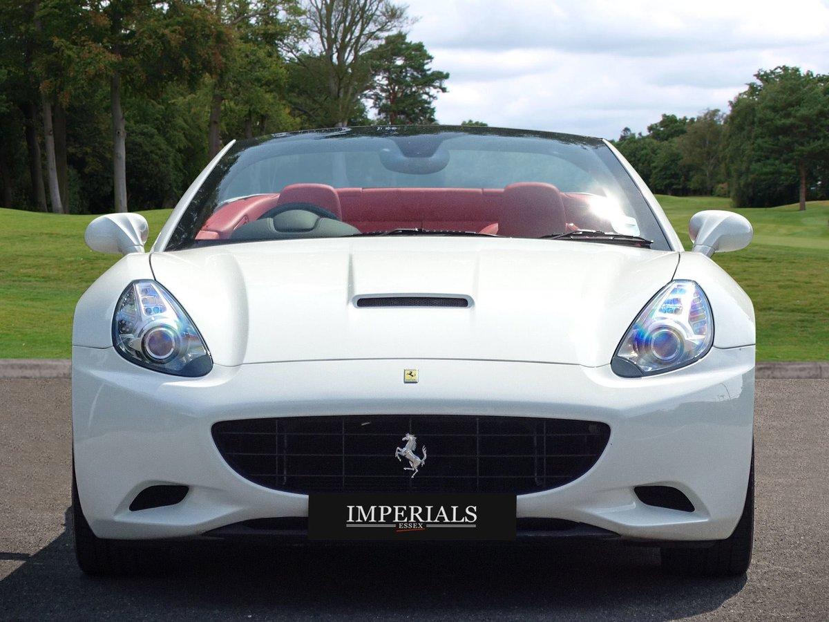 2009 Ferrari  CALIFORNIA  4.3 2 PLUS 2 CABRIOLET AUTO  74,948 For Sale (picture 12 of 24)