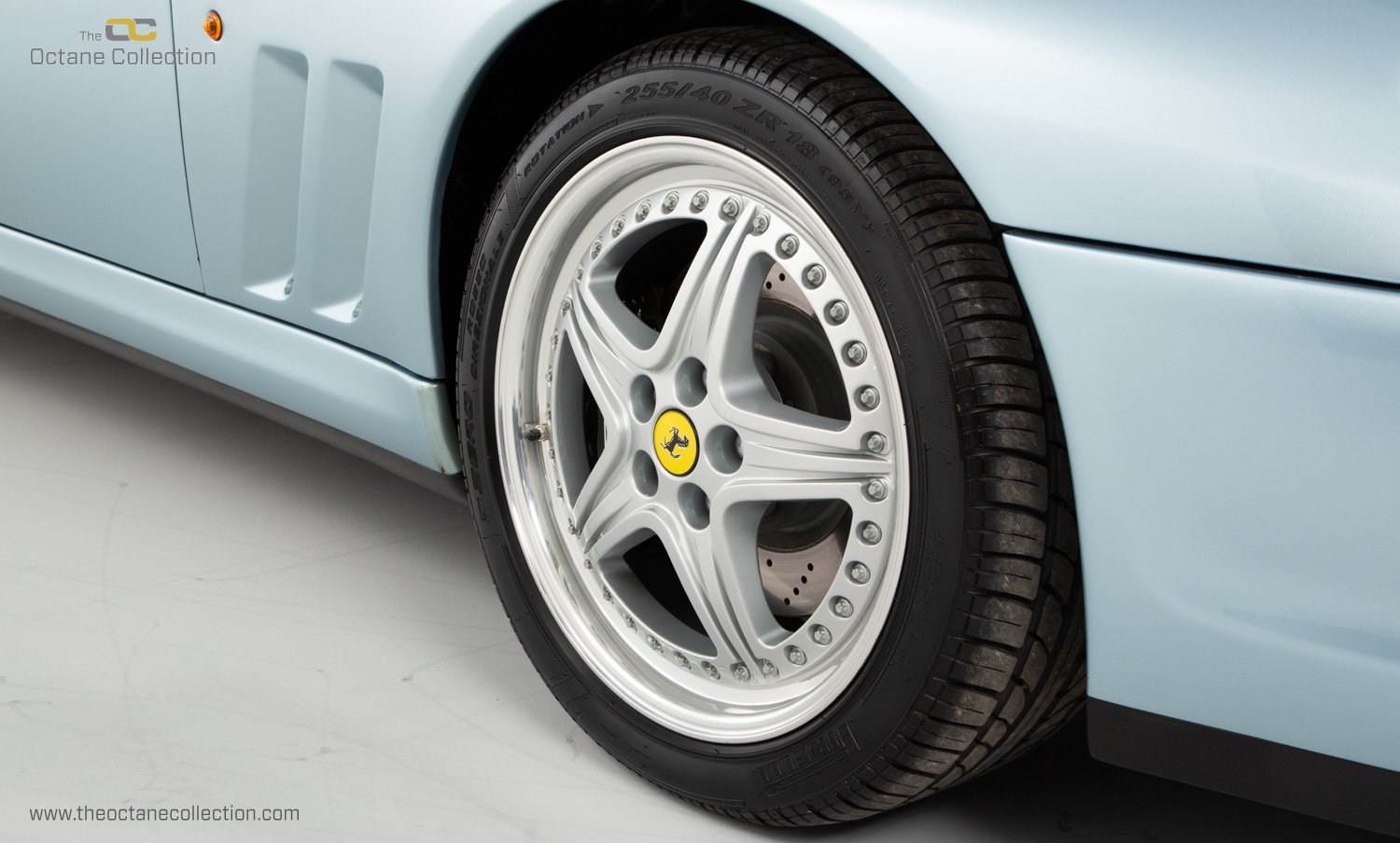 2001 FERRARI 550 BARCHETTA // ONLY 557 MILES // 1 OF 448  For Sale (picture 21 of 24)