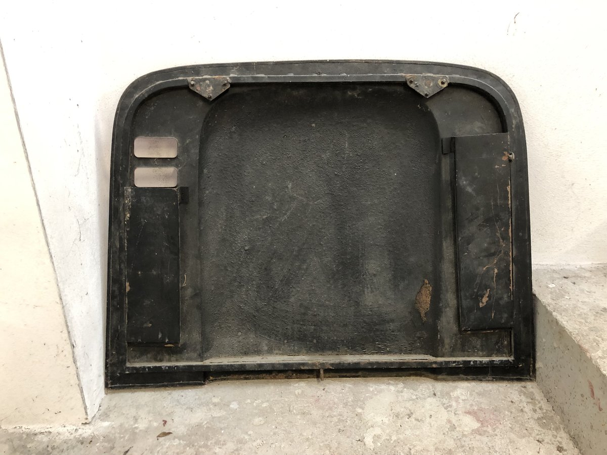 1960 used and original engine bay cover for Ferrari Dino 246 For Sale (picture 2 of 2)