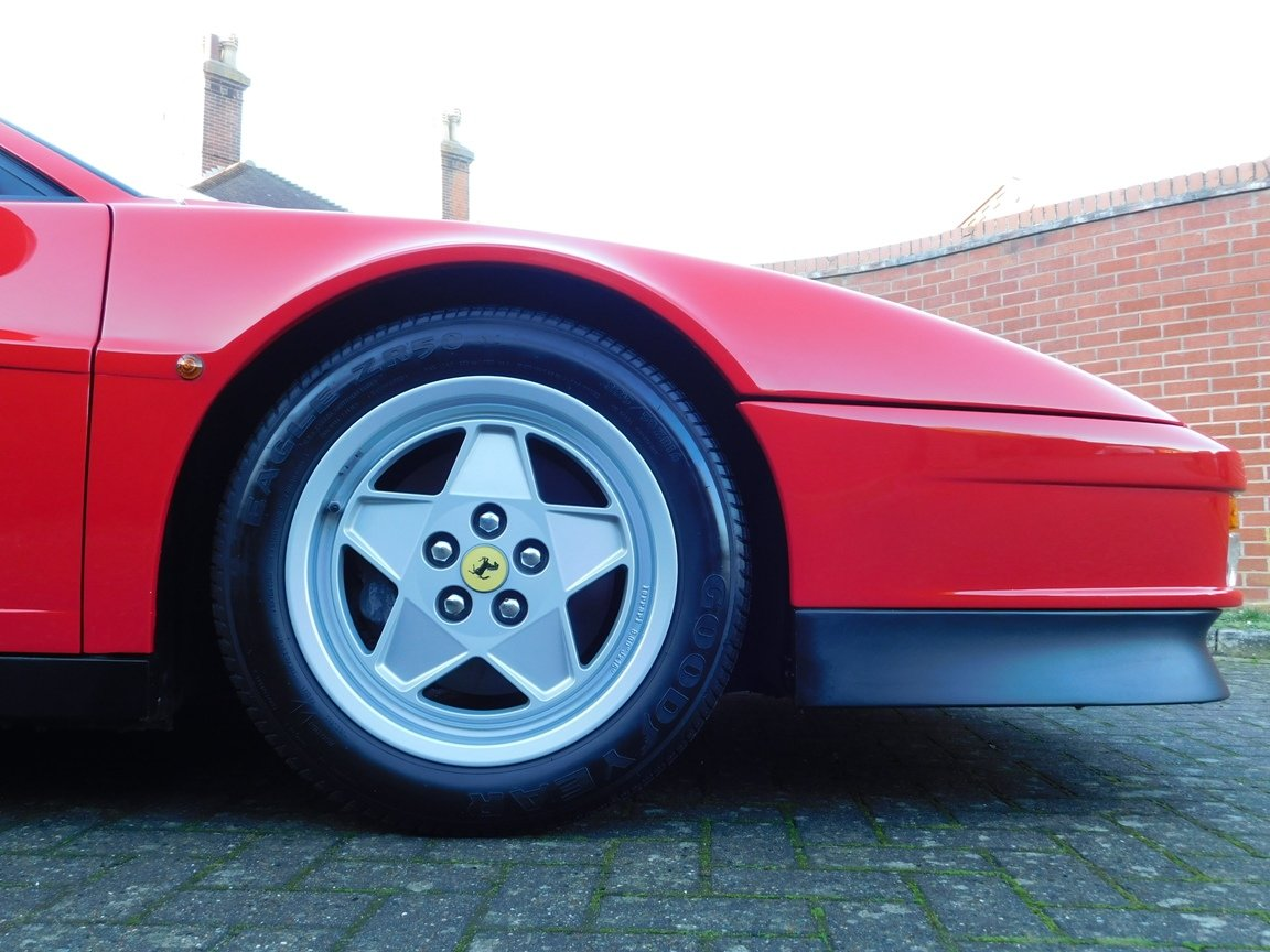 1991 Ferrari Testarossa (RHD) ONLY 3619 Miles From New For Sale (picture 8 of 20)