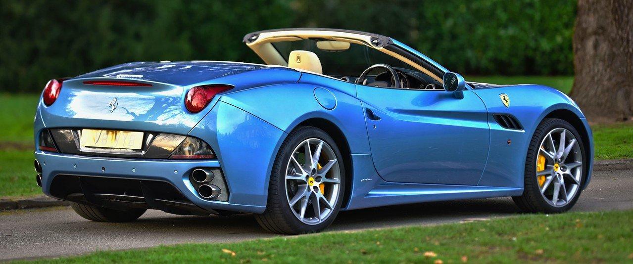 2011 Ferrari California 4.3 Litre 2+2 F1 DCT Convertible ...