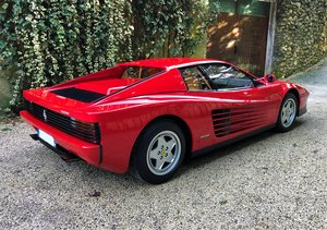 1990 As Ferrari's flagship model during the 1980s