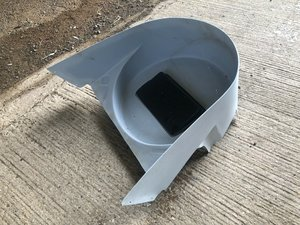 1987 Ferrari F40 Front Holder and Battery Cover in GRP - 62506800