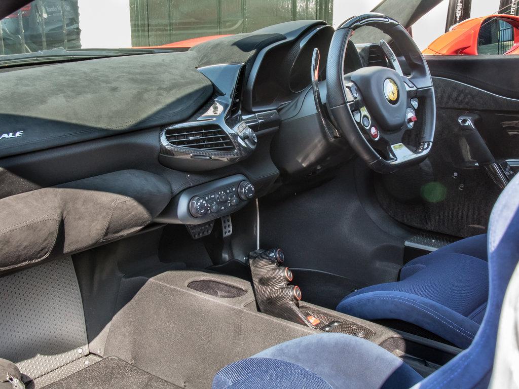 2015 Ferrari    458 Speciale  For Sale (picture 15 of 18)