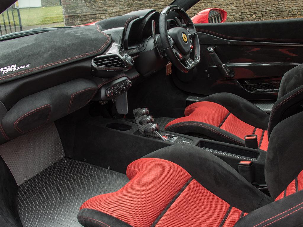 2015 Ferrari  458  458 Speciale  For Sale (picture 13 of 18)