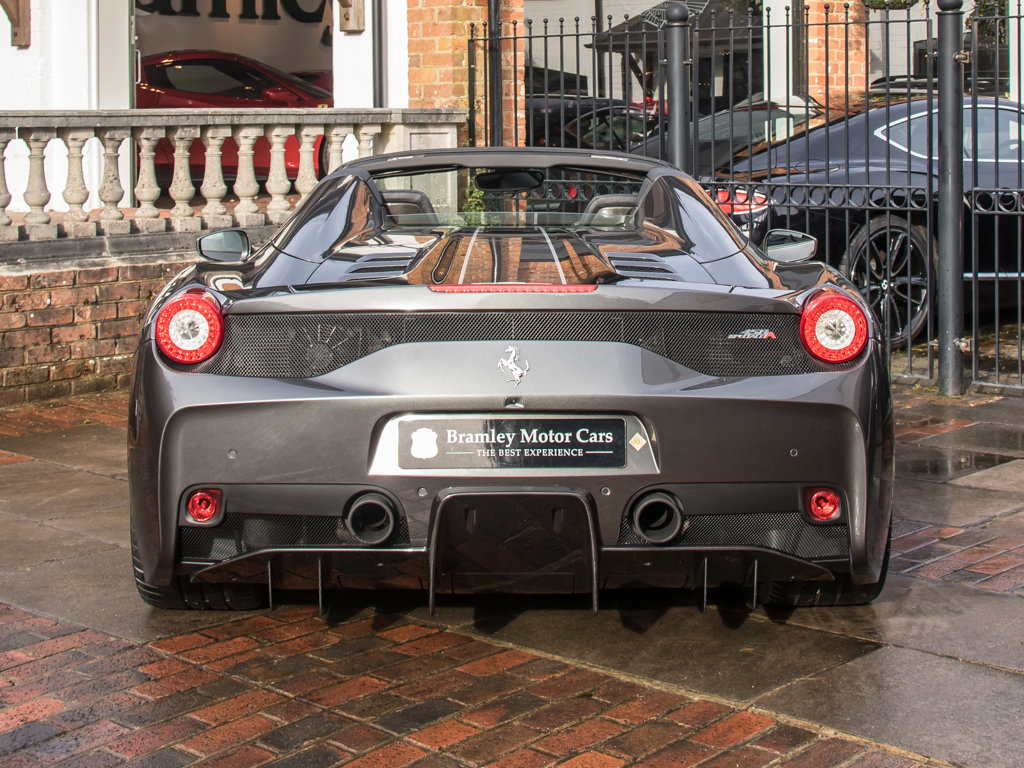 2015 Ferrari    458 Speciale Aperta  For Sale (picture 6 of 17)