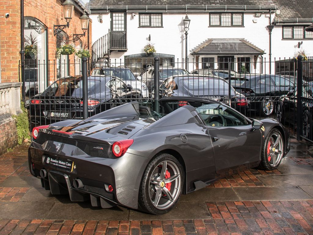 2015 Ferrari    458 Speciale Aperta  For Sale (picture 7 of 17)