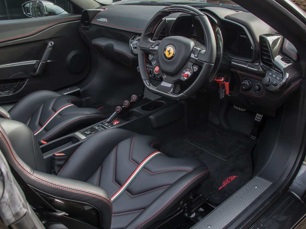 2015 Ferrari    458 Speciale Aperta  For Sale (picture 13 of 17)