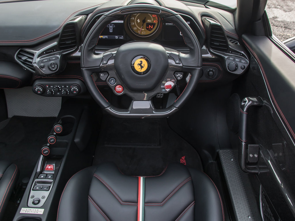 2015 Ferrari    458 Speciale Aperta  For Sale (picture 15 of 17)