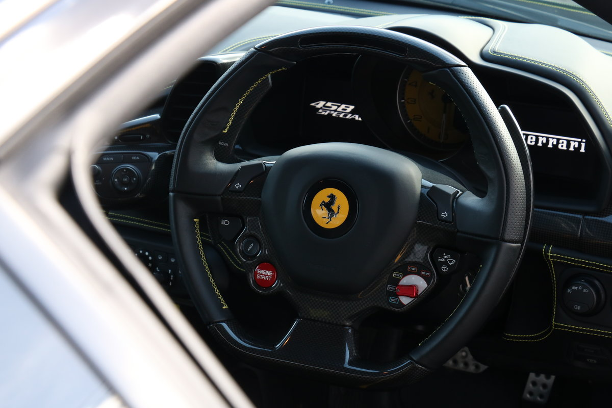 2015 Ferrari 458 Speciale - Immaculate!  For Sale (picture 3 of 6)