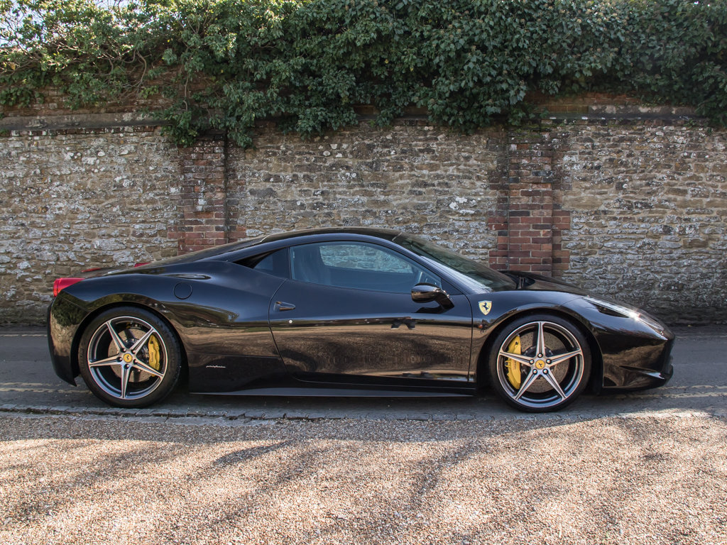 2012 Ferrari    458 Italia For Sale (picture 1 of 18)
