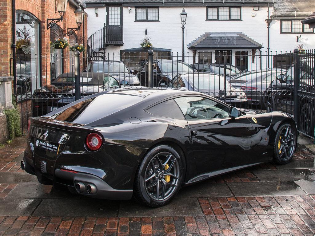 2015 Ferrari    F12 Berlinetta For Sale (picture 7 of 18)