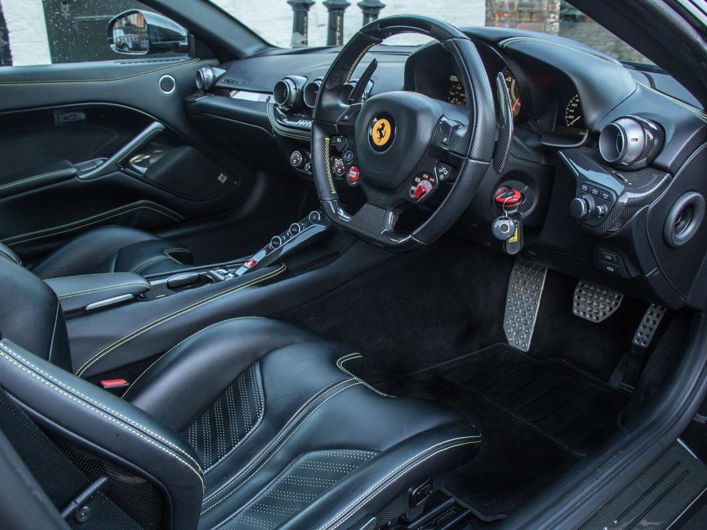 2015 Ferrari    F12 Berlinetta For Sale (picture 13 of 18)
