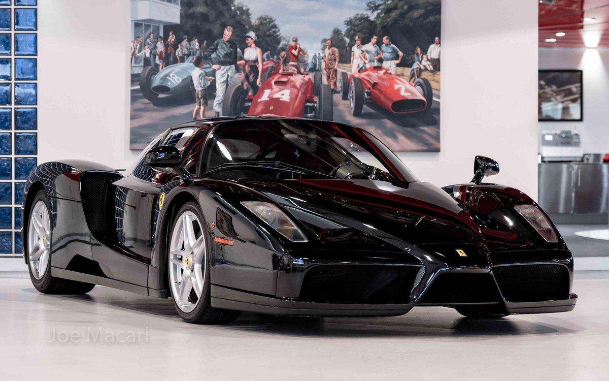 2004 Ferrari Enzo original Nero For Sale (picture 1 of 16)