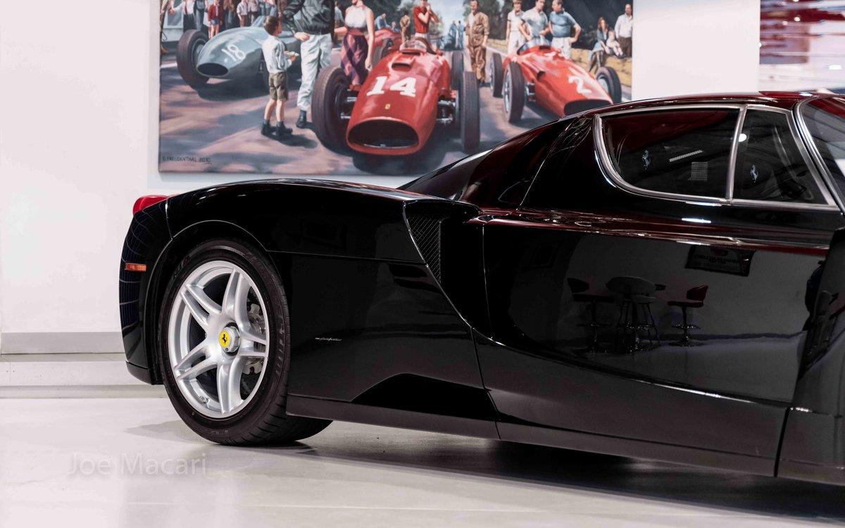 2004 Ferrari Enzo original Nero For Sale (picture 3 of 16)