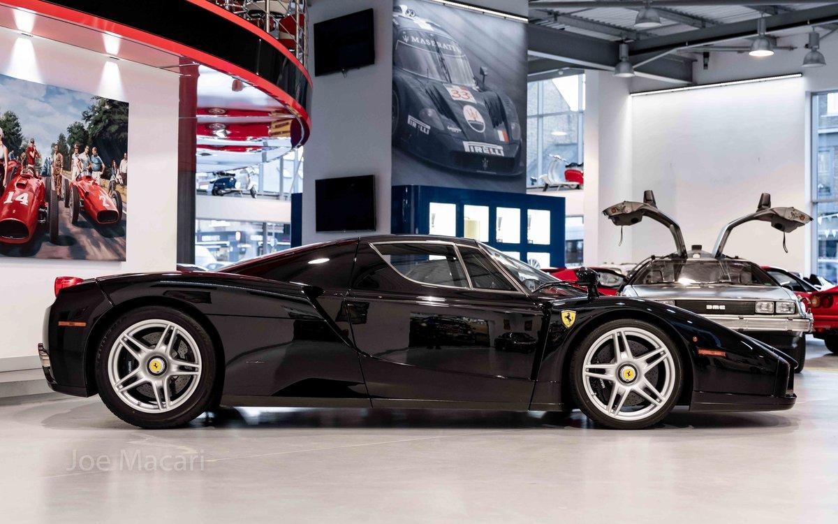 2004 Ferrari Enzo original Nero For Sale (picture 5 of 16)