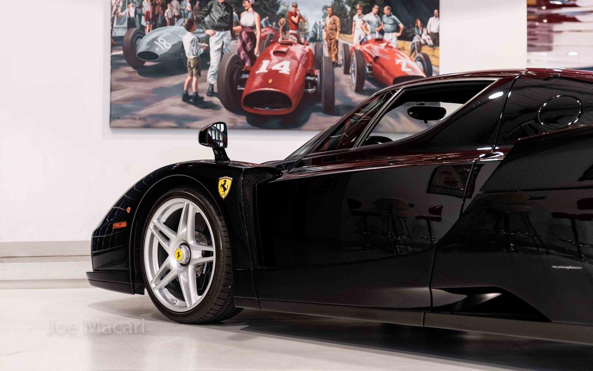 2004 Ferrari Enzo original Nero For Sale (picture 9 of 16)