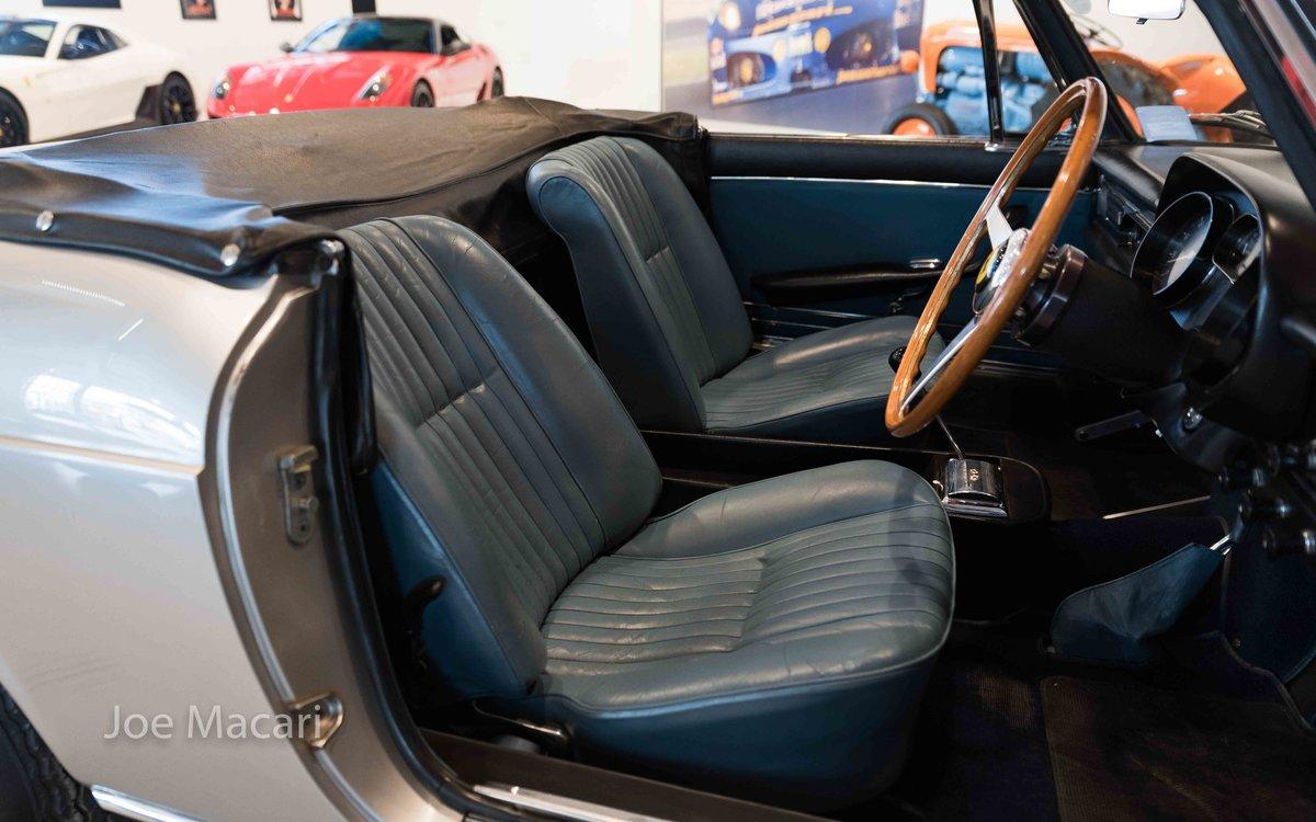 1966 Ferrari 275 GTS RHD For Sale (picture 11 of 17)