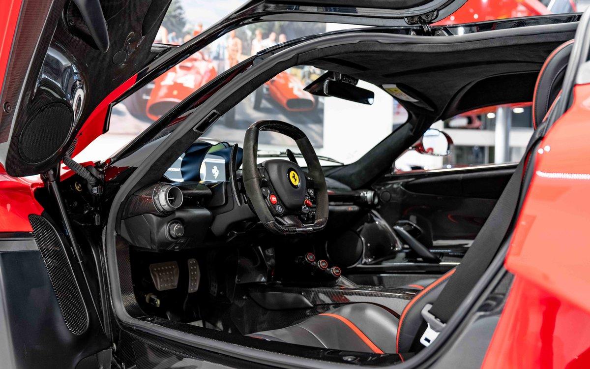 2014 Ferrari LaFerrari  For Sale (picture 17 of 19)