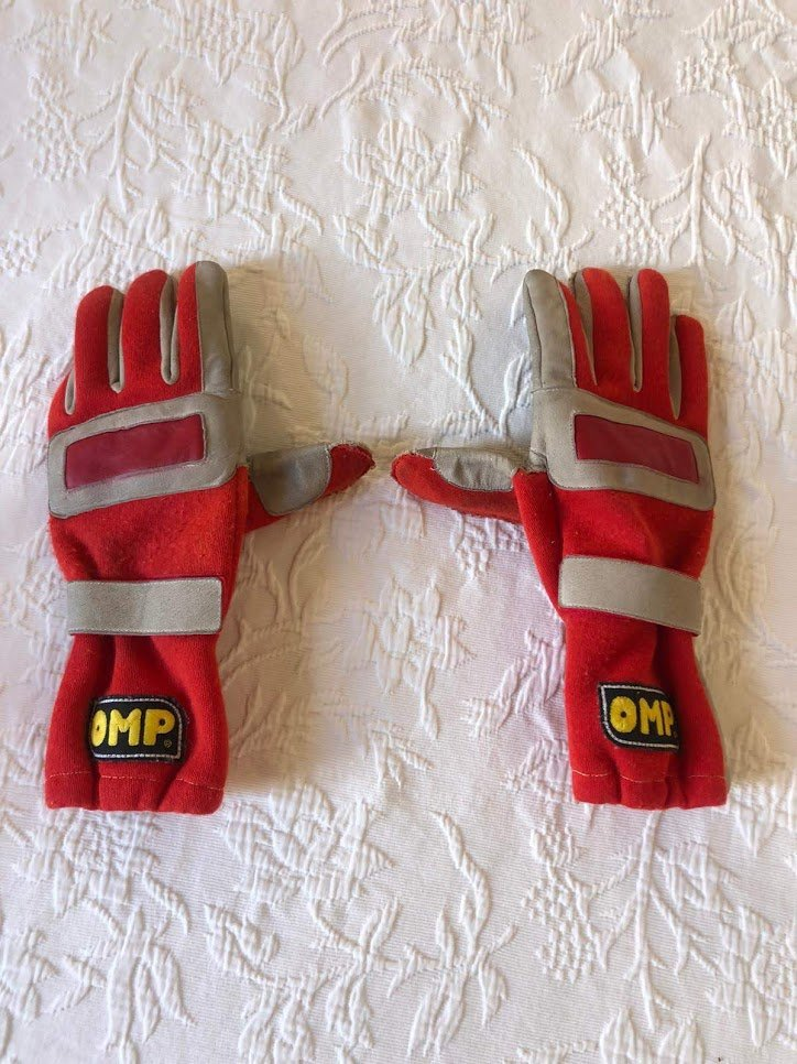 1996 Michael Schumacher British GP race used glove For Sale (picture 2 of 6)