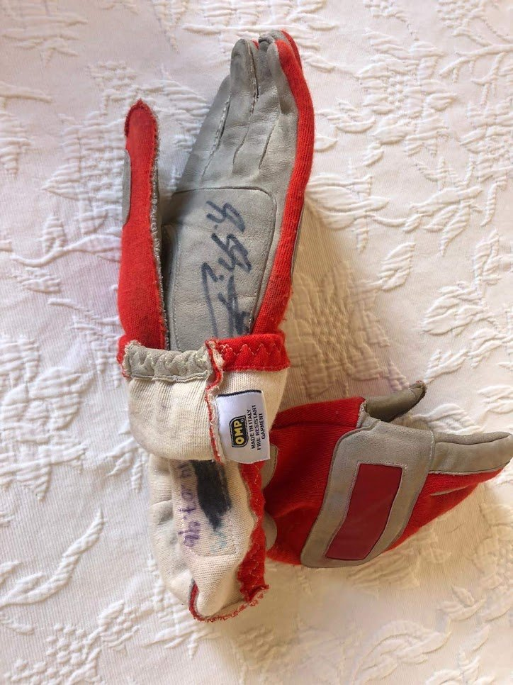 1996 Michael Schumacher British GP race used glove For Sale (picture 3 of 6)