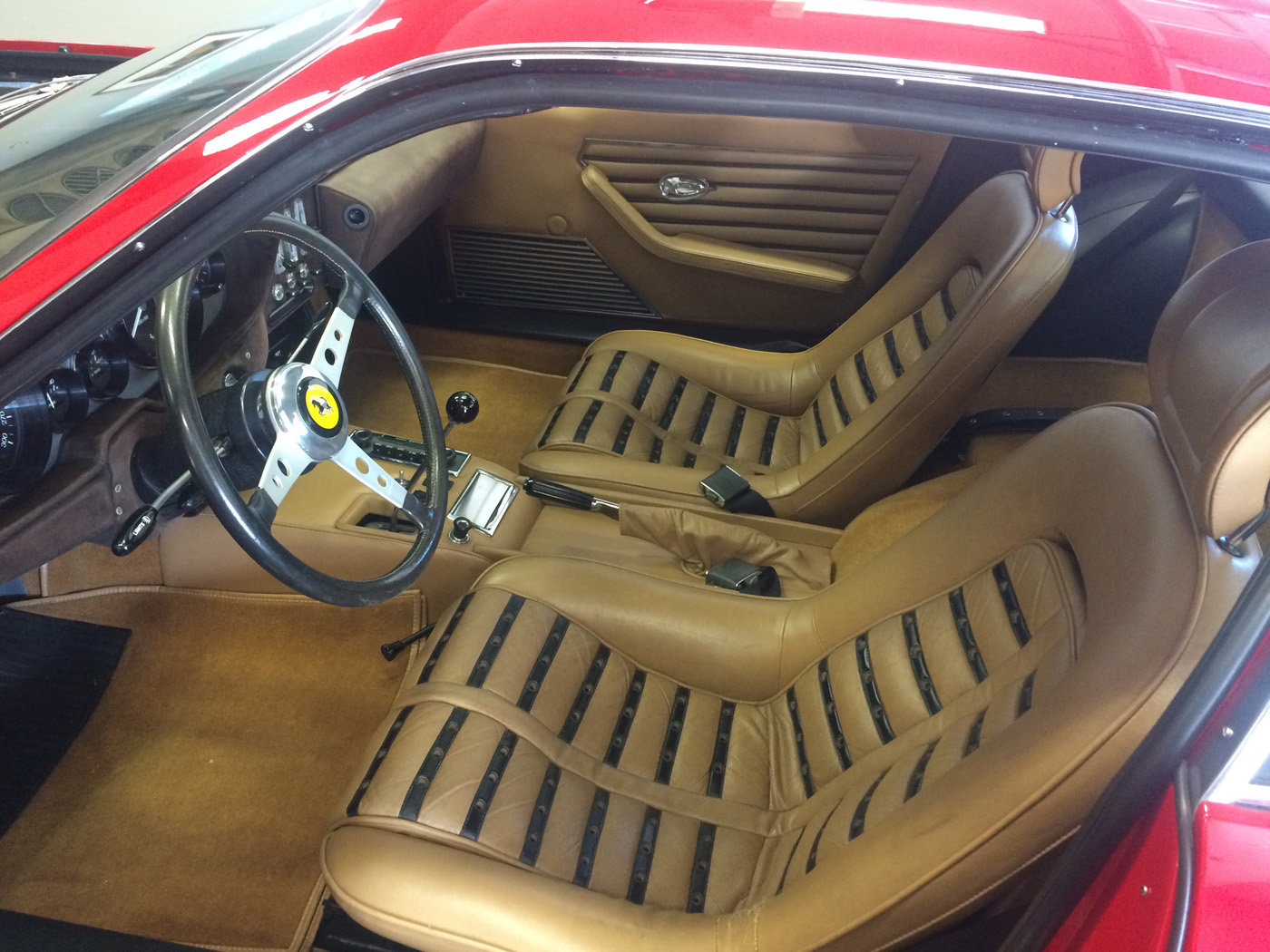 1970 Ferrari 365 GTB/4 Daytona For Sale by Auction (picture 5 of 6)