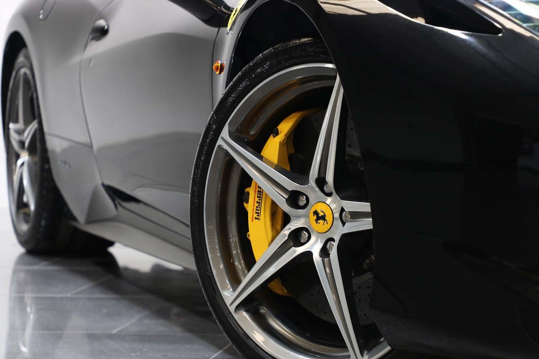 2012 12 61 FERRARI 458 ITALIA 4.5 V8 AUTO For Sale (picture 2 of 6)
