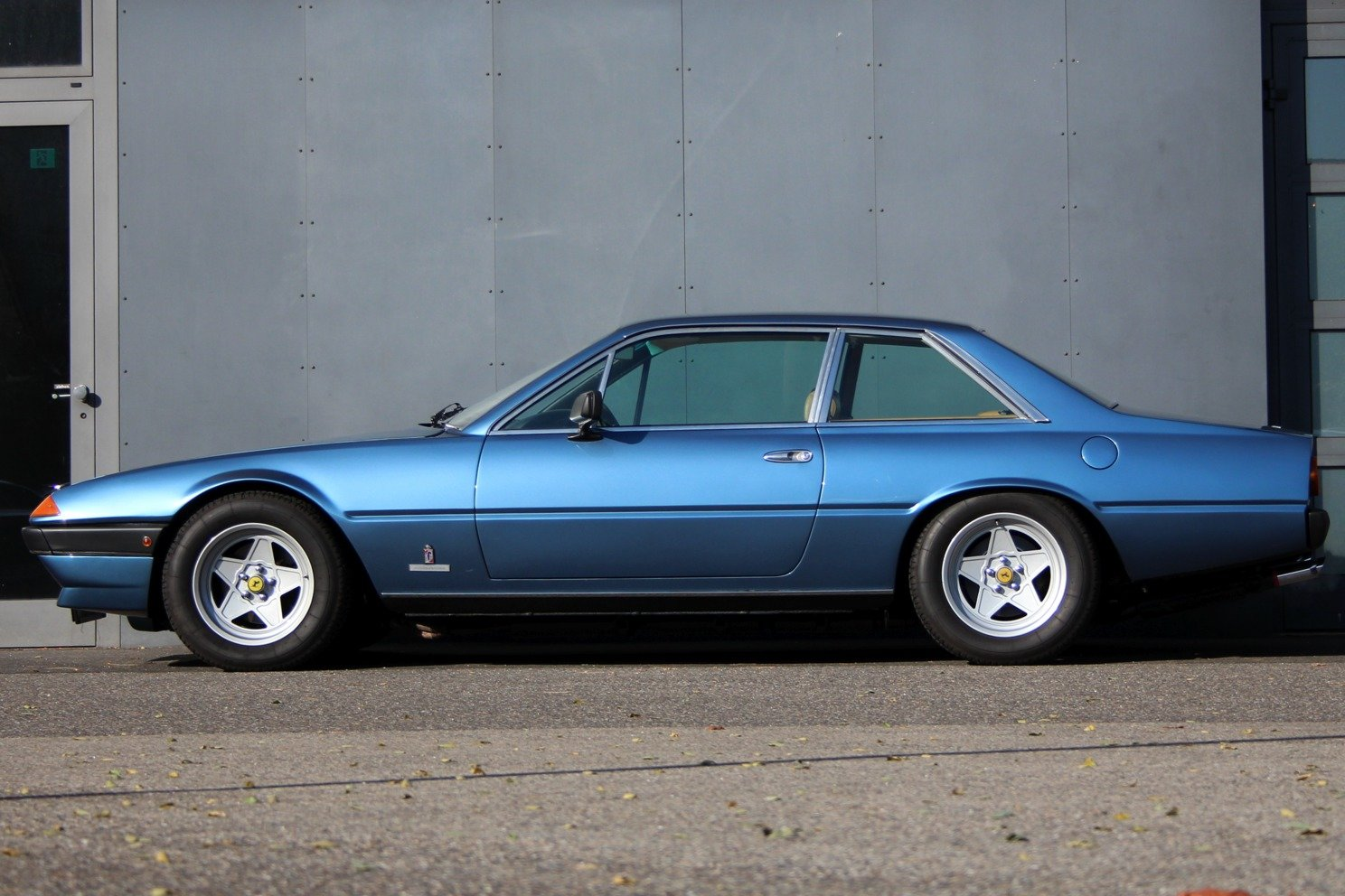 1981 Ferrari 400i LHD For Sale (picture 5 of 6)