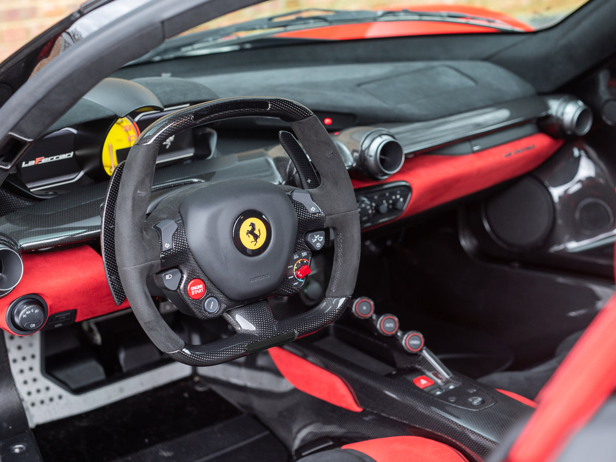 2016 Ferrari LaFerrari SOLD (picture 4 of 6)