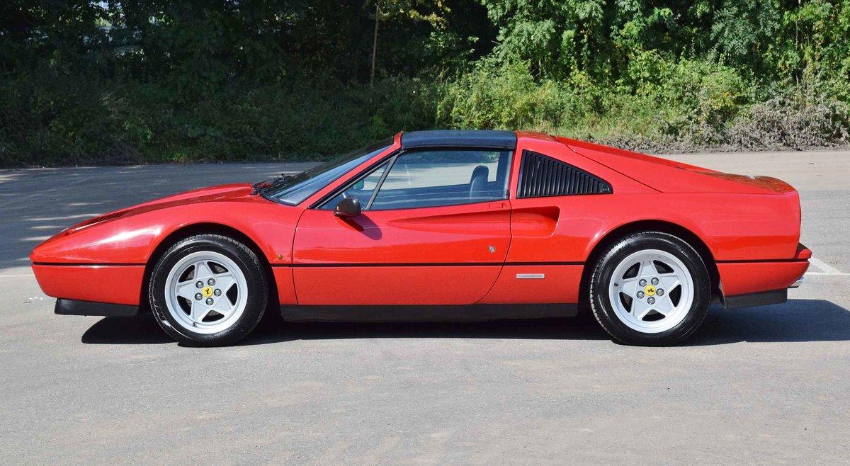 Ferrari 328 GTS Quattrovalvole (1987) convertible red 270 hp For Sale (picture 2 of 6)