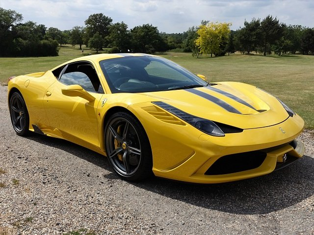 2014 Ferrari 458 Speciale - Yellow/Gry Stripes - 2,607 mls  For Sale (picture 1 of 6)