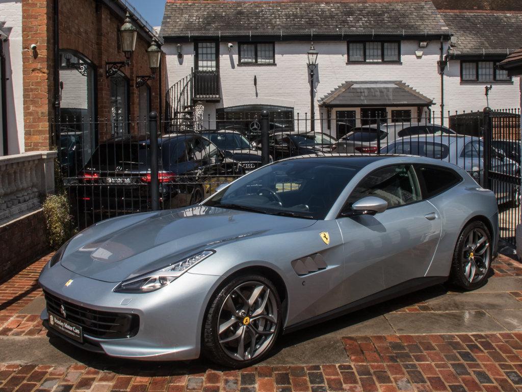 2019 Ferrari    GTC4LUSSO T For Sale (picture 4 of 6)