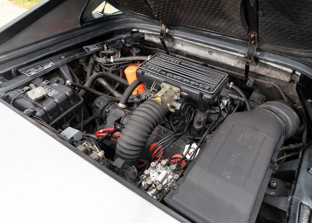 1986 Ferrari Mondial Quattrovalvole GTB (3.2 litre) SOLD by Auction (picture 4 of 6)