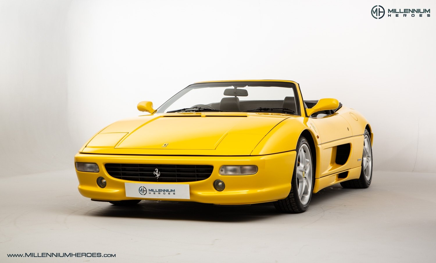 1997 FERRARI F355 SPIDER // 6 SPEED MANUAL // UK RHD // FSH For Sale (picture 1 of 22)