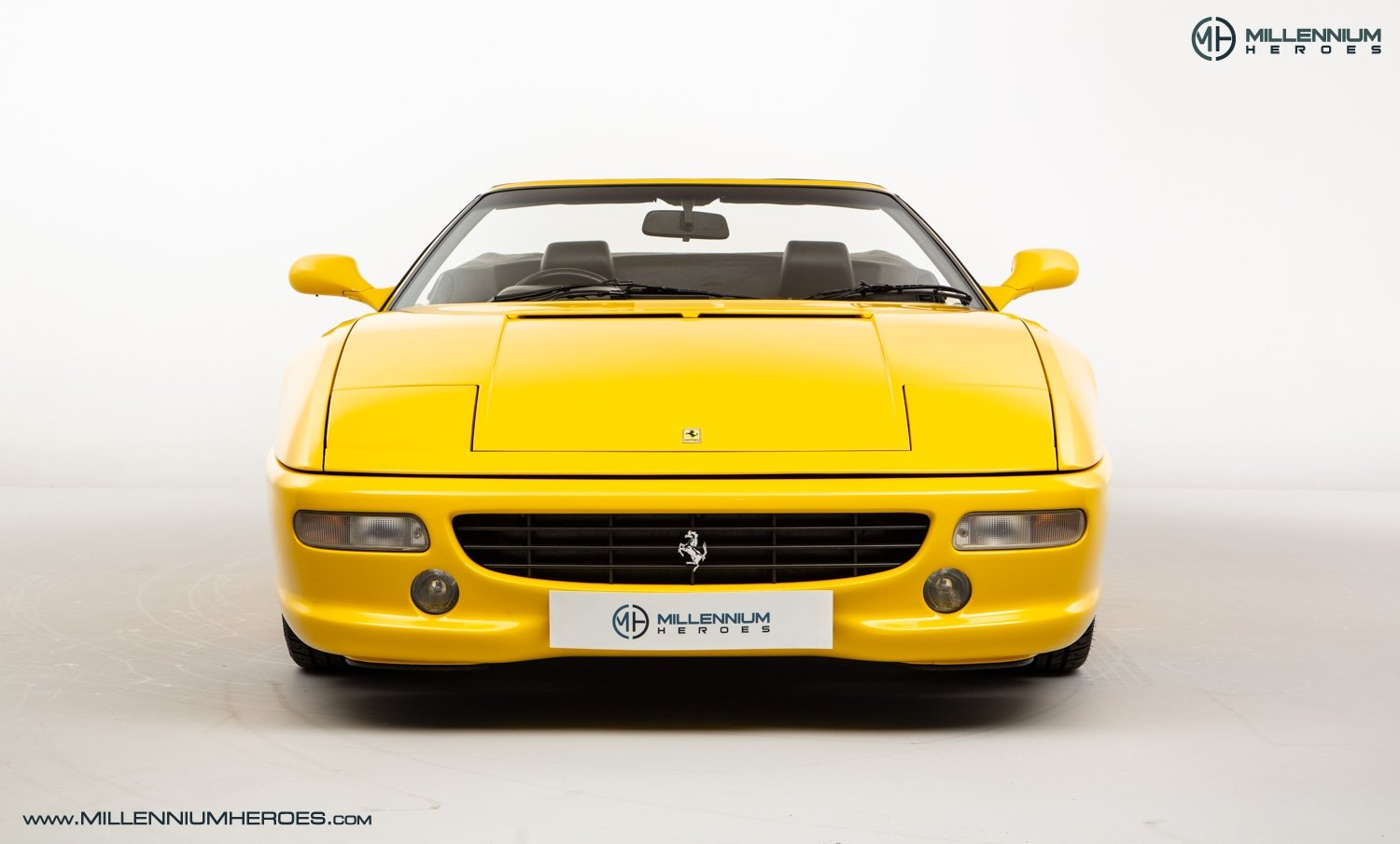 1997 FERRARI F355 SPIDER // 6 SPEED MANUAL // UK RHD // FSH For Sale (picture 4 of 22)