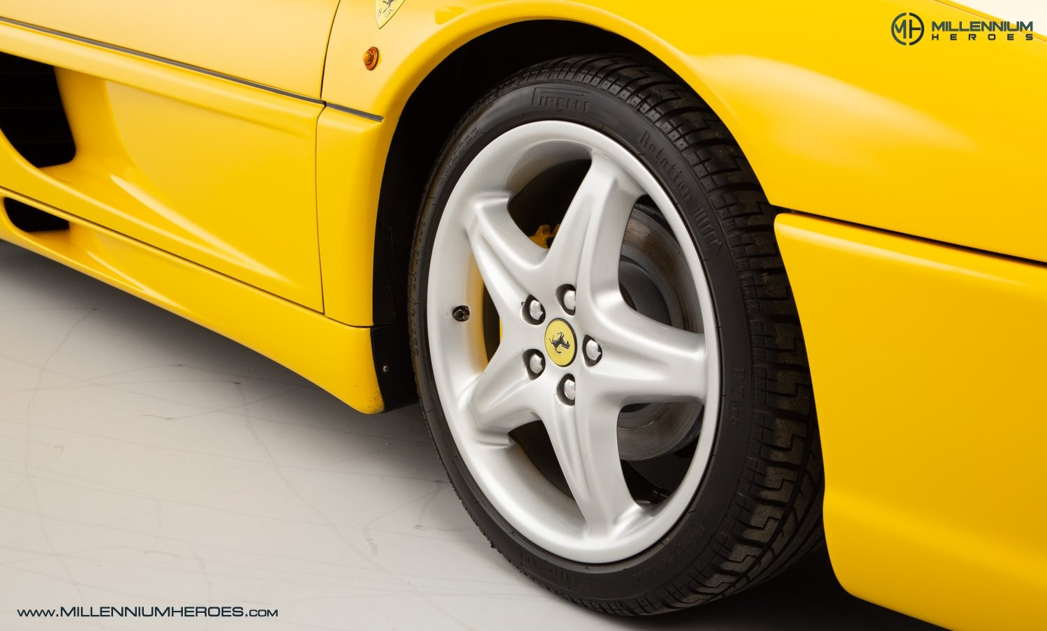 1997 FERRARI F355 SPIDER // 6 SPEED MANUAL // UK RHD // FSH For Sale (picture 21 of 22)