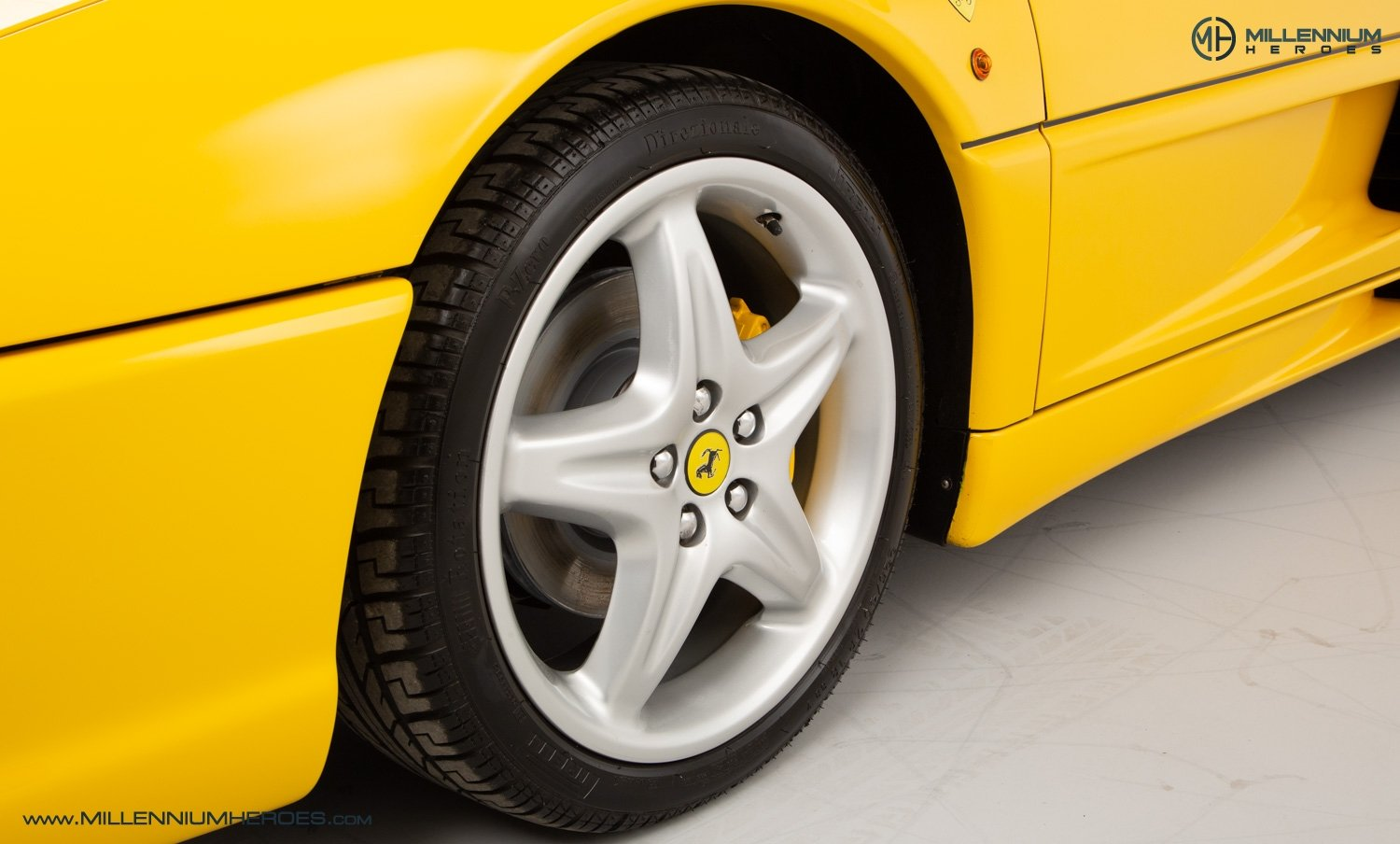1997 FERRARI F355 SPIDER // 6 SPEED MANUAL // UK RHD // FSH For Sale (picture 22 of 22)