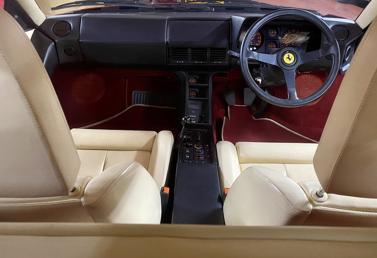 1990 Ferrari Testarossa For Sale (picture 15 of 24)