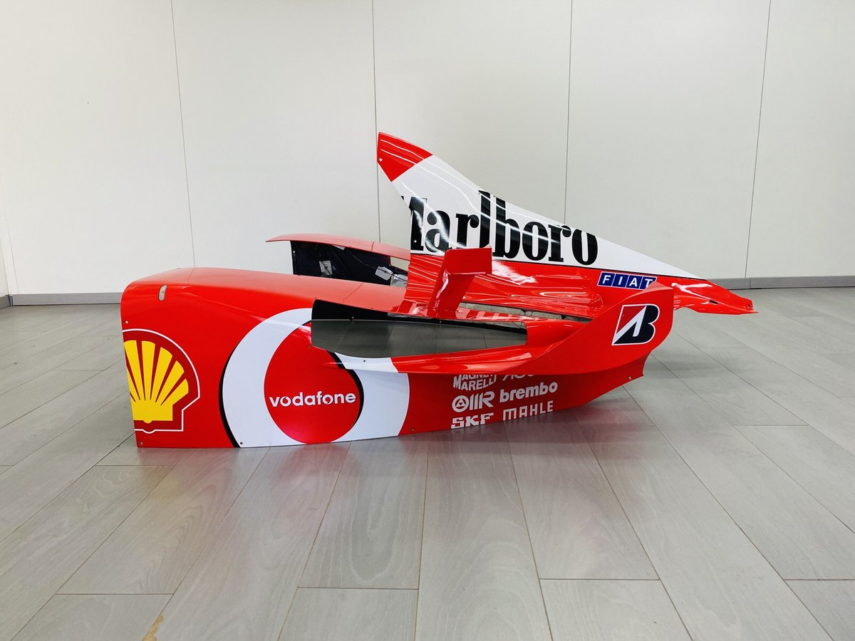 Ferrari F2002 Engine Cover For Sale (picture 3 of 6)
