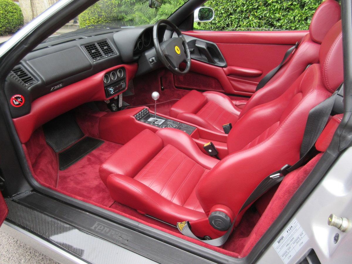 1999 Ferrari 355 GTS manual in a unique colour combination  For Sale (picture 4 of 6)