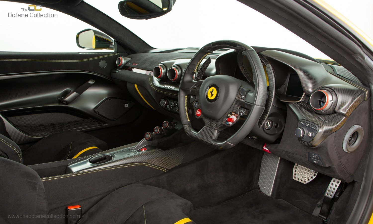 2016 FERRARI F12 TDF // 1 OF 50 UK RHD // TRIPLE LAYER PAINT For Sale (picture 12 of 23)