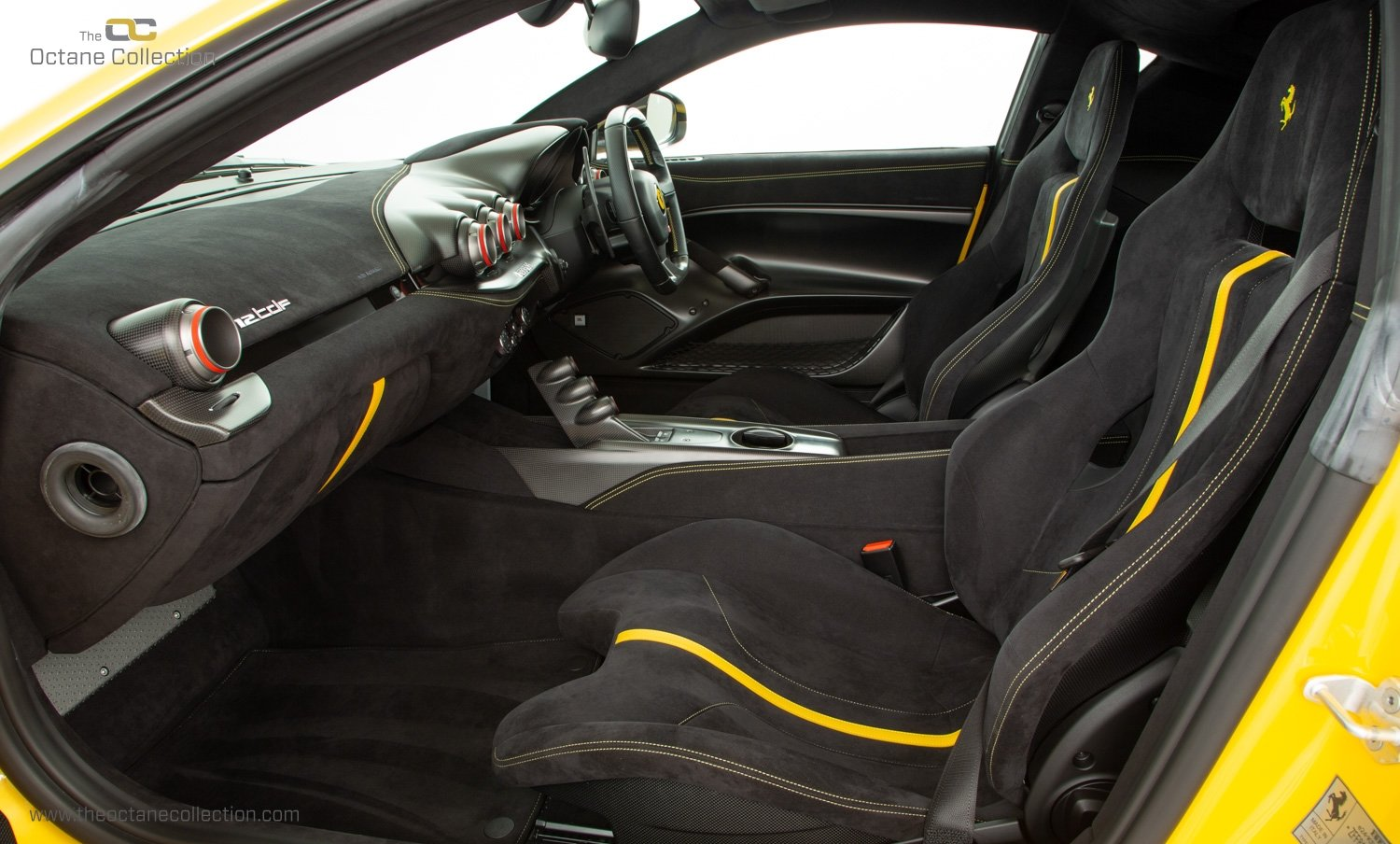 2016 FERRARI F12 TDF // 1 OF 50 UK RHD // TRIPLE LAYER PAINT For Sale (picture 13 of 23)