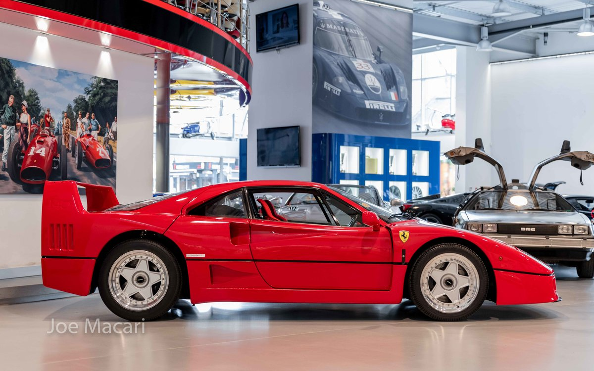 1990 Ferrari F40 For Sale (picture 3 of 12)