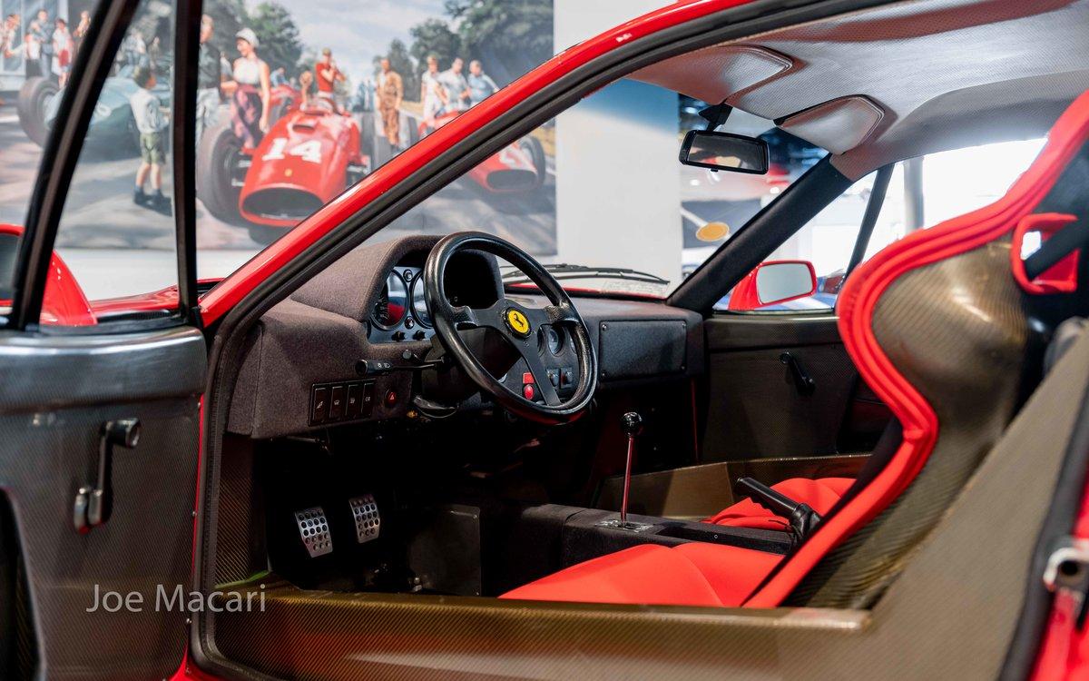 1990 Ferrari F40 For Sale (picture 9 of 12)