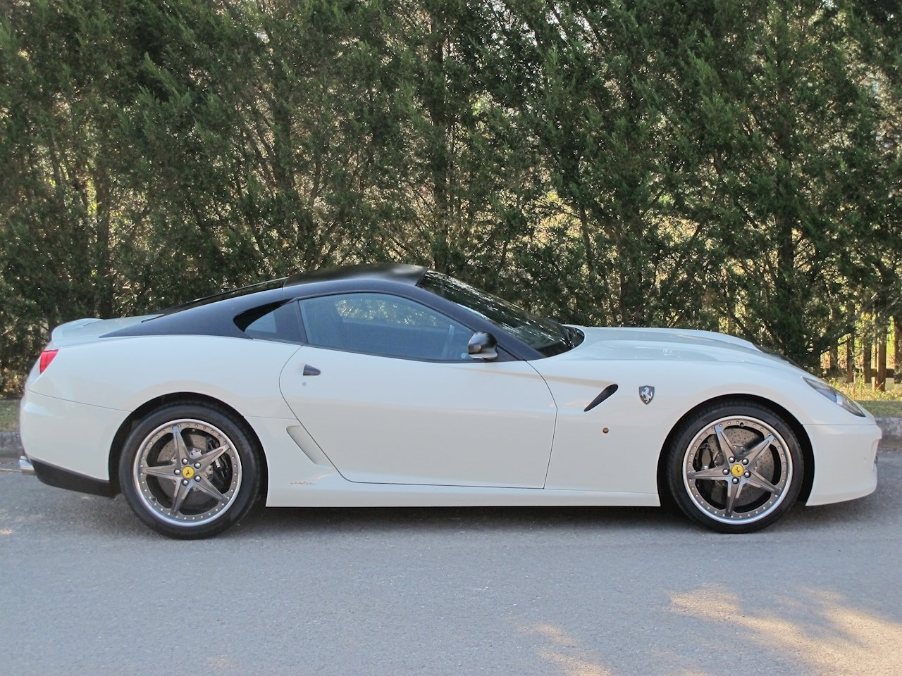2011 Factory HGTE with only 2896 Miles For Sale (picture 3 of 6)