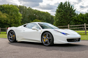 Picture of 2012 Ferrari 458 Italia